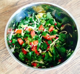 raw vegan salad spinach tomato zucchini
